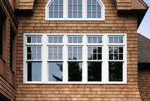 Double Hung Windows / Both the upper and lower sash move up and down and even tilt in for easy cleaning and ventilation.