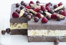 Desserts / by Anna Hynes