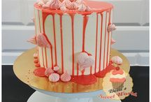 Drip cakes by Betti's Sweet World
