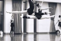 Fly! / Ballet Leaps and Jumps