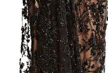 """""""Petites"""" robes noires"""