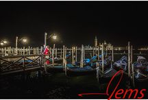 Destination shoots Venice / Engagement shoot in Venice, many couples want something special so destination shoots are becoming more and more popular. I love Venice and the chance to do an amazing night shoot there was for me was just brilliant.