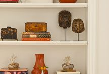 Decor - interior design - Bookcase styling and Collection display