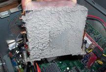 PC Reparatur Dresden / Wenn der Computer nicht mehr hochfährt, Windows spinnt oder die Festplatte defekt ist: Wir reparieren defekte PC in Dresden.