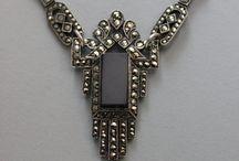 Jewelry: Antique & Vintage