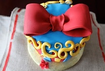 Snow White Party Board / by Guru Donna Kay