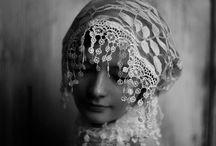 Artsy Fartsy / by Lydia Johnson