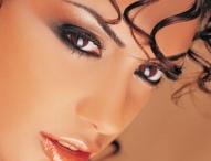 Make~Up & Hair Styles / by Jane AnnJimmie Britt