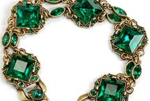 A Diva's Guide to Deliciously Tacky Jewelry