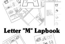 Lapbooking / by Homeschool.com