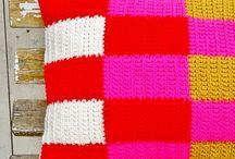 Crochet pillow - puff