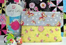 Swirly Girls Pocket Portfolio