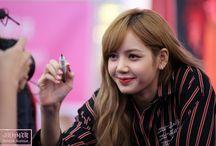 Lisa: Blackpink