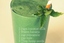 Spirulina Smoothies / Here you will lots of Spirulina drink recipes and spirulina smoothie recipes. Find out how to use spirulina so you can get all the nutrition spirulina gives our bodies in a tasty way