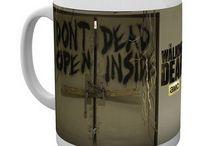 Vaisselle / Mugs, tasses, verres etc. de vos séries et films préférés.