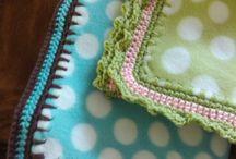 Fleece with Crocheted Edges / Fleece