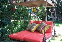 Outdoor furniture/decor/ideas
