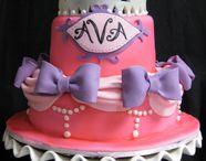 cakes / by Margarita Gomez