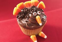 Thanksgiving / Thanksgiving decorating ideas & Thanksgiving crafts