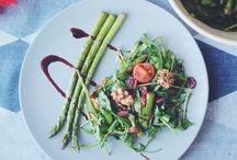 Spargelzeit / Hier findet ihr leckere, vegane Rezepte mit Spargel.