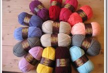 Special DK -Style Craft ~ Granny deken haken / Ik haak een granny deken van Special DK van Style Craft . Alle 53 kleuren worden gebruikt .   Style Craft te koop bij : www.atelierkleurrijkvilt.nl