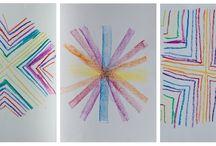 Formy kl 1 / Ćwiczenia w rysowaniu form kredą: punktem wyjścia jest prosta i koło. Później przejście od jednej formy do drugiej. Dziecko poznaje mowę form. Powoli odkrywa charakterystykę form, kolory są sprawą drugorzędną.