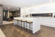Inspiration / Crisp White / Crisp white kitchens