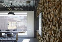 Inspiration - Huddling Hallway / Gaaf wat je kan doen met muren om je identiteit te laten zien