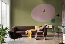 Tendencia Un Hogar Divertido - CF18 - Bruguer / El Color del año 2018 de Bruguer es Palo de Rosa, un rosa suave y acogedor. Pero eso no significa que siempre dé sensación de tranquilidad. Combínalo con amarillos animados y verdes intensos para revitalizar tu hogar e intensificar los tonos cálidos de Palo de Rosa. Estas vibrantes combinaciones de colores te ayudarán a explorar los espacios más familiares de diferentes formas.