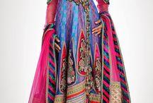 Ruhák IV. --Más kultúták divatja