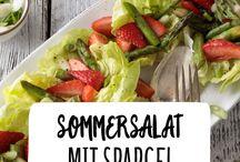 Salate / Da haben wir den Salat. Uns egal, ob als Beilage oder ganze Mahlzeit, Hauptsache bunt, frisch, knackig und leicht!