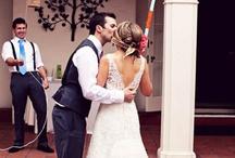 Inspirational Wedding Photography / Wedding shots / by Kat Kan