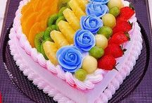 FRUITS CAKE.