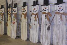 junk snowman