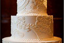 Ashford Castle Real Wedding / Ashford Castle venue, Decor, flowers, dress #weddingplanning #weddingstyle #weddingdecor