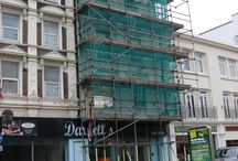 King Street, Dover / In the heart of Dover town centre above Darvell's restaurant, three flats are being upgraded! Installing our acoustic flooring & ceiling systems throughout the Victorian building. Due to age and condition of the existing internal joisted floor construction, we are installing our cradle and batten system. Acoustic flooring system 208 will be installed over the top to provide additional mass. Furthermore, we are also installing our acoustic ceiling system AC90/2.