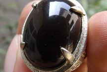yaman gemstone