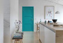 Blåa dörrar