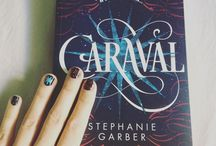 Books and nails / Made by @camillerevel