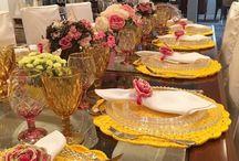 Mesa dia das mães / Que tal colocar uma mesa bem linda para o almoço do dia das mães? Elas merecem!