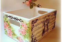 Cajas y latas decoradas