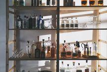 •bar•