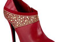 shoes / by Anja Harrington
