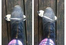 heels down