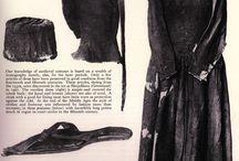XIII - XV wykopki, znaleziska / XIII - XV wykopki - ubiór, obuwie, akcesoria