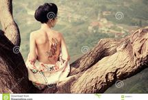 Tattoo Ideas / Tattoo designs, applied or not on the skin. One ink and many ink colors. Temporary or permanent.