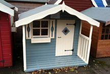 Leikkimökki wooden play house