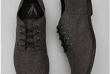 Ρούχα - παπούτσια