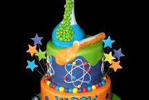Science Party Cakes / Test tube, petri dish, bubbles, beaker, brain, mad science, atomic blast, chemistry