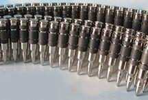 Cinto de balas / Cintos de couro legítimos com réplicas de balas vazadas